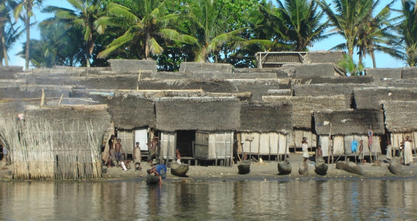 Le village pangalanes